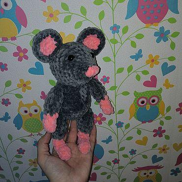 Куклы и игрушки ручной работы. Ярмарка Мастеров - ручная работа Вязаная игрушка крыска, зайка, мишка. Handmade.