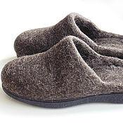 Обувь ручной работы. Ярмарка Мастеров - ручная работа Мужские тапки из некрашеной шерсти, на подошве, 43 р. готовая пара. Handmade.