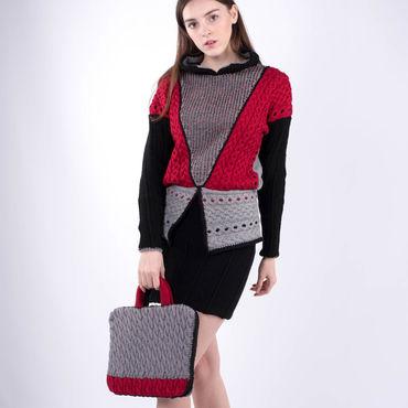 Одежда ручной работы. Ярмарка Мастеров - ручная работа Яркий вязаный свитер, берет и папка с ручками. Handmade.