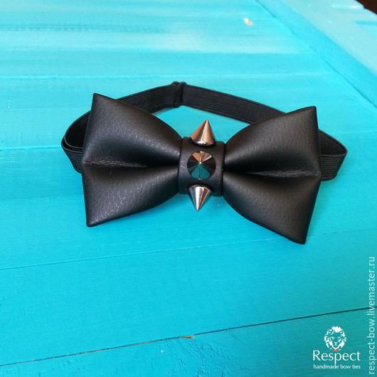 Галстуки, бабочки ручной работы. Ярмарка Мастеров - ручная работа. Купить Черная бабочка галстук кожаная с шипами матовая в интернет-магазине. Handmade.