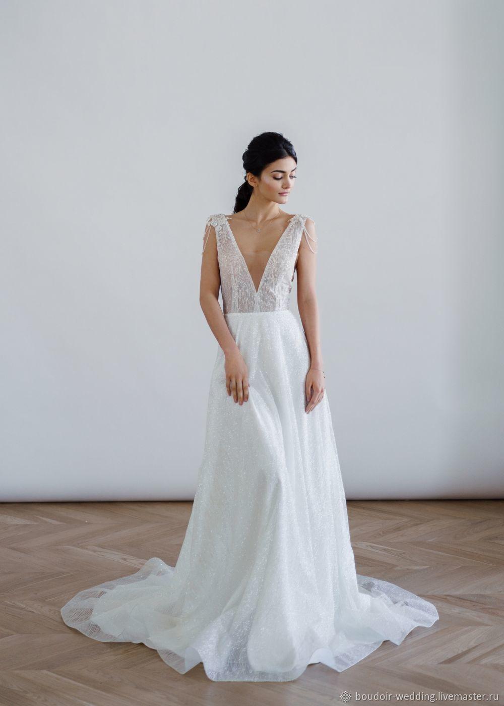 Искрящиеся свадебное платье Blossom не оставит никого равнодушным. Платье продуманное до мелочей.