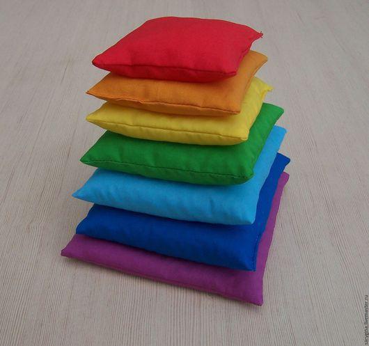 """Развивающие игрушки ручной работы. Ярмарка Мастеров - ручная работа. Купить Сенсорные мешочки Монтессори """"Пирамидка"""" с полимерным наполнителем. Handmade."""