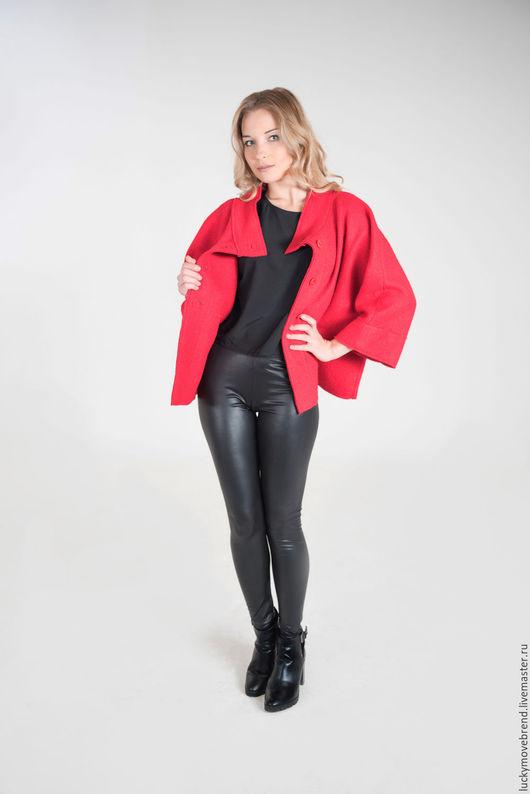 Большие размеры ручной работы. Ярмарка Мастеров - ручная работа. Купить Пальто для АВТОЛЕДИ .. Handmade. Ярко-красный, пальто на заказ