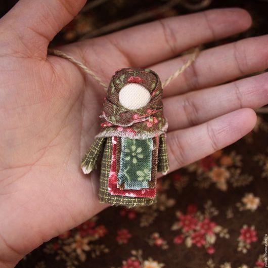 """Народные куклы ручной работы. Ярмарка Мастеров - ручная работа. Купить Куколка-украшение """" Лесная"""" по мотивам народной куклы. Handmade."""