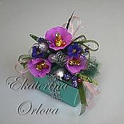 Подарки к праздникам ручной работы. Ярмарка Мастеров - ручная работа Оформление коробки конфет. Handmade.