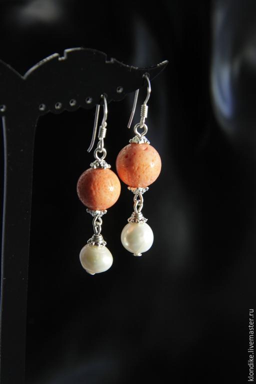 Серьги ручной работы. Ярмарка Мастеров - ручная работа. Купить Серебряные Серьги Muns с натуральным жемчугом и кораллом. Handmade.