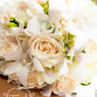 Свадебный салон ручной работы. Ярмарка Мастеров - ручная работа Кремовый букет невесты с жемчужинами. Handmade.