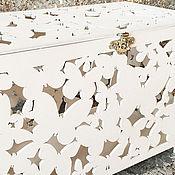 Свадебный салон ручной работы. Ярмарка Мастеров - ручная работа Свадебная деревянная казна «Летние бабочки» сундук для подарков. Handmade.