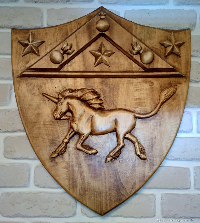 Фамильный герб (герб графа Шувалова).