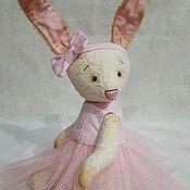 Куклы и игрушки ручной работы. Ярмарка Мастеров - ручная работа Бежевая Зайка. Handmade.