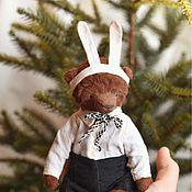 Куклы и игрушки ручной работы. Ярмарка Мастеров - ручная работа Мишка Антоша в костюме Зайчика. Handmade.