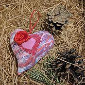 Подарки к праздникам ручной работы. Ярмарка Мастеров - ручная работа Мягкое сердечко на петельке №4. Handmade.