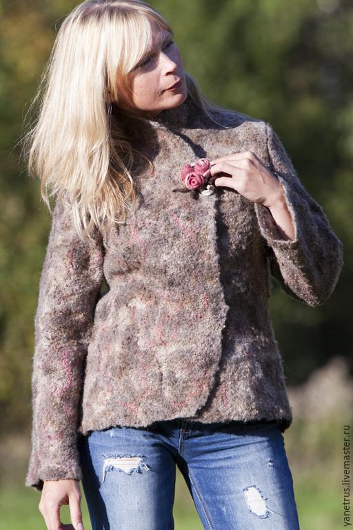 """Верхняя одежда ручной работы. Ярмарка Мастеров - ручная работа. Купить Жакет валяный куртка валяная пальто валяное """"поздние ягоды"""". Handmade."""