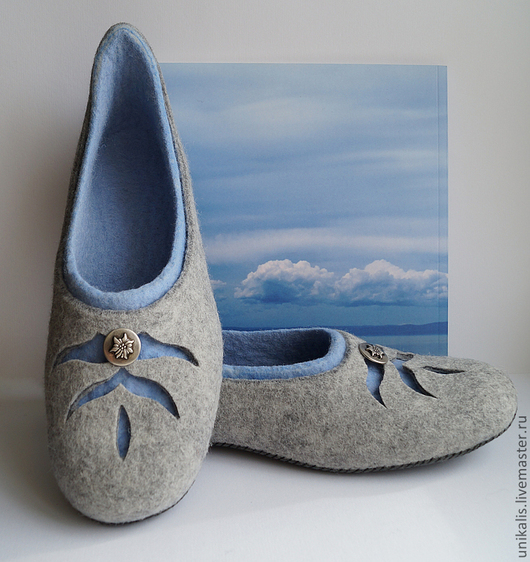 """Обувь ручной работы. Ярмарка Мастеров - ручная работа. Купить Валяные тапочки """"Эдельвейс - цветок неприступных скал"""". Handmade. Серый"""