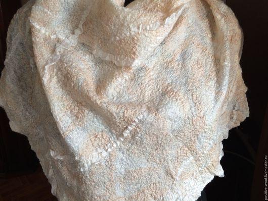 Шали, палантины ручной работы. Ярмарка Мастеров - ручная работа. Купить Бактус. Handmade. Белый, платок на голову, валяный бактус