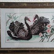 Для дома и интерьера ручной работы. Ярмарка Мастеров - ручная работа Черные лебеди Вышитая картина крестом. Handmade.