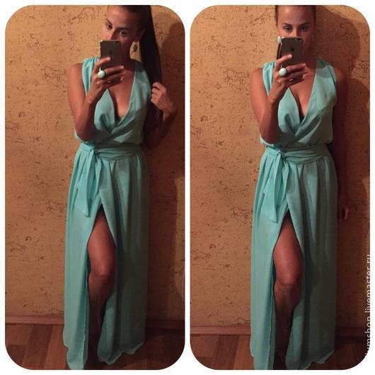 Платье шифоновое ментоловое без рукавов