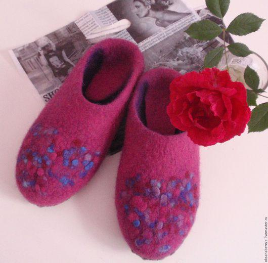 Обувь ручной работы. Ярмарка Мастеров - ручная работа. Купить Тапочки. Handmade. Комбинированный, подарок женщине, обувь ручной работы