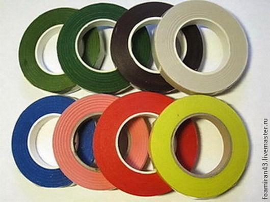 Темно-оливковый, темно-зеленый, коричневый, белый, синий, розовый, красный, желтый