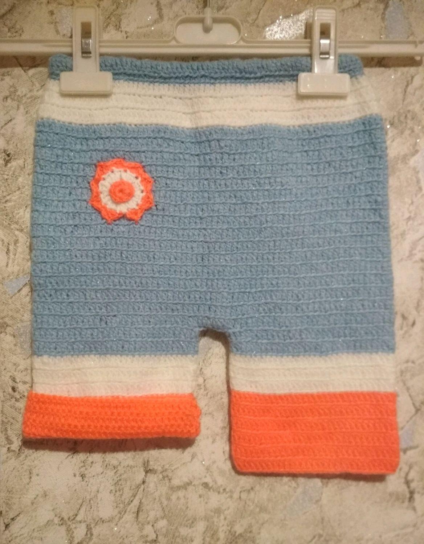 Вязаные шортики для девочки. Ручная работа
