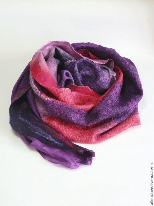 Шарфы и шарфики ручной работы. Ярмарка Мастеров - ручная работа. Купить шарф валяный фиолетово-малиновый. Handmade. Абстрактный