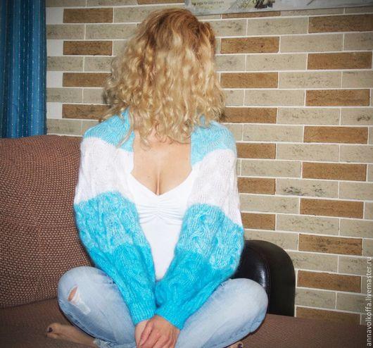 Шраг - это съемные рукава...Простой и оригинальный вид одежды... Очень удобный аксессуар, окутывающий теплом Ваши плечи в прохладные вечера...