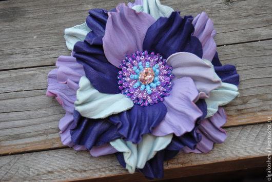 """Броши ручной работы. Ярмарка Мастеров - ручная работа. Купить Брошь заколка из кожи """"Фиолетовый сон"""". Handmade. Разноцветный"""
