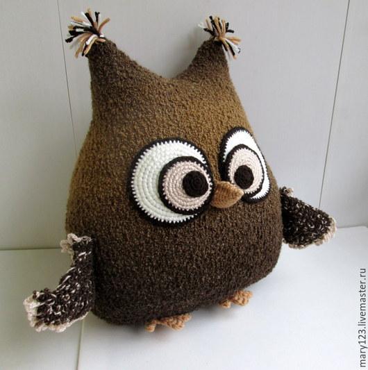 Вязаная сова-подушка