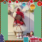 Куклы и игрушки ручной работы. Ярмарка Мастеров - ручная работа Интерьерная текстильная кукла большеножка Новогодняя Гномочка. Handmade.