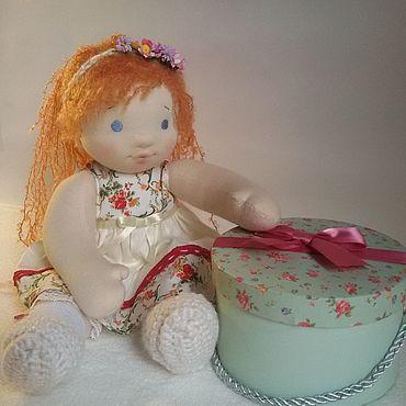 Куклы и игрушки ручной работы. Ярмарка Мастеров - ручная работа Варя Вальдорфская кукла с комплектом одежды. Handmade.
