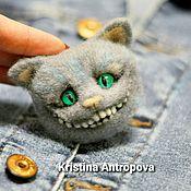 Брошь-булавка ручной работы. Ярмарка Мастеров - ручная работа Чеширский кот брошь валяная. Handmade.