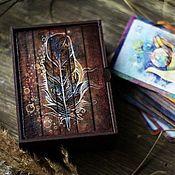 Фирменная деревянная шкатулочка