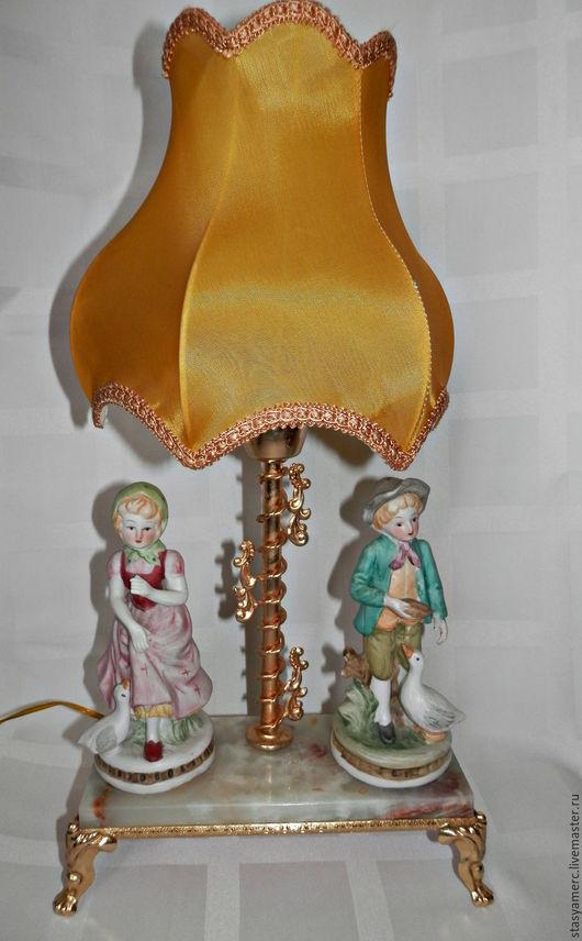 Винтажные предметы интерьера. Ярмарка Мастеров - ручная работа. Купить Винтажная  фарфоровая лампа. Handmade. Лампа, освещение, фарфор