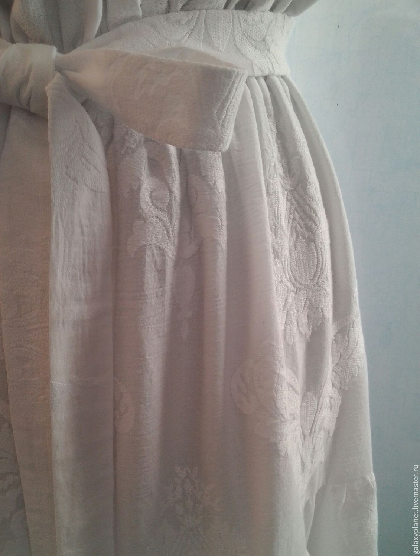 Сарафан из батиста с вышивкой