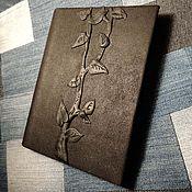 Канцелярские товары ручной работы. Ярмарка Мастеров - ручная работа Блокнот кожаный Дерево. Handmade.
