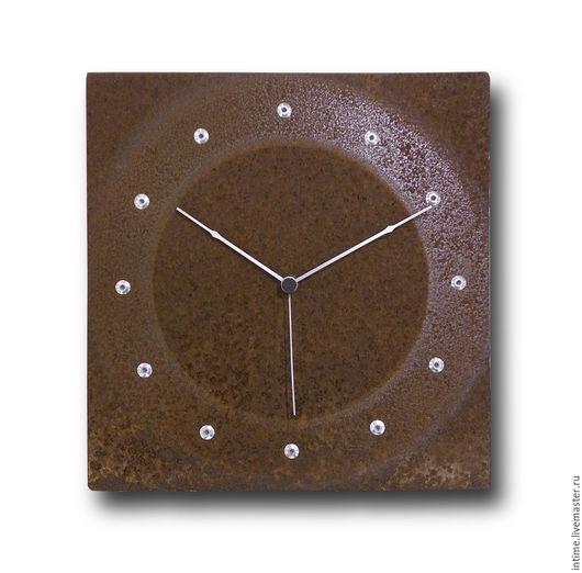 Часы для дома ручной работы. Ярмарка Мастеров - ручная работа. Купить Часы настенные, ржавые с точками. Handmade. Коричневый