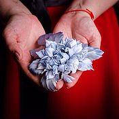 """Украшения ручной работы. Ярмарка Мастеров - ручная работа Шёлковый георгин -""""Северное сияние""""-заколка-брошь. Цветы из ткани.. Handmade."""