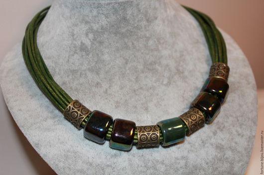 Колье, бусы ручной работы. Ярмарка Мастеров - ручная работа. Купить ожерелье Магия цвета. Handmade. Тёмно-зелёный