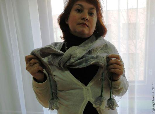 """Шарфы и шарфики ручной работы. Ярмарка Мастеров - ручная работа. Купить Бактус-шарф. """"Ландыш серебристый"""" Валяный. Handmade. Серый"""