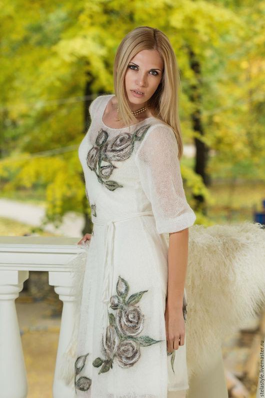 """Платья ручной работы. Ярмарка Мастеров - ручная работа. Купить """" Bisou"""". Handmade. Белый, Коктейльное платье, розы, женственность"""