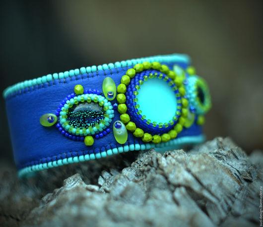Браслеты ручной работы. Ярмарка Мастеров - ручная работа. Купить Синий вышитый бисером браслет. Handmade. Тёмно-синий