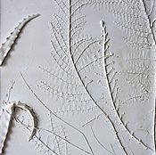 Для дома и интерьера ручной работы. Ярмарка Мастеров - ручная работа Одомашненные крокодилы - панно из гипса. Handmade.