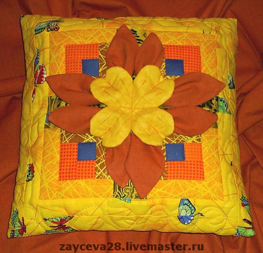 """Текстиль, ковры ручной работы. Ярмарка Мастеров - ручная работа. Купить подушка """"Цветик мой"""". Handmade. Лоскутное шитье"""