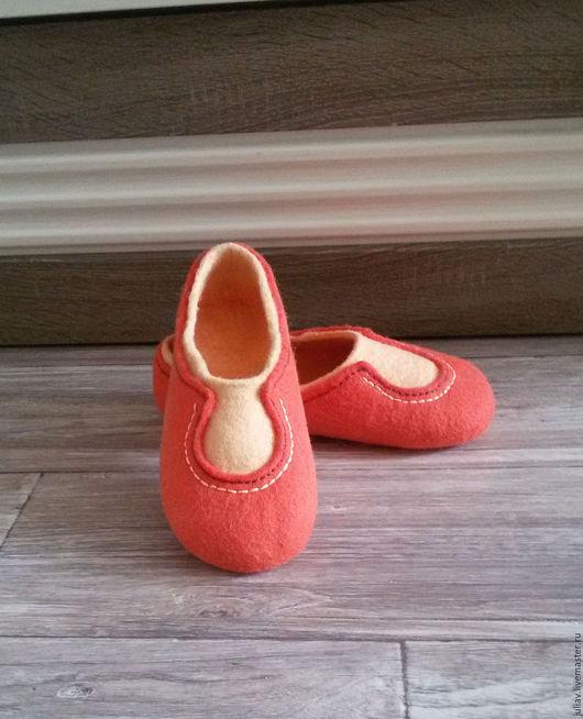 """Обувь ручной работы. Ярмарка Мастеров - ручная работа. Купить Валяные тапочки """"Персик"""". Handmade. Валяные тапочки, рыжий"""