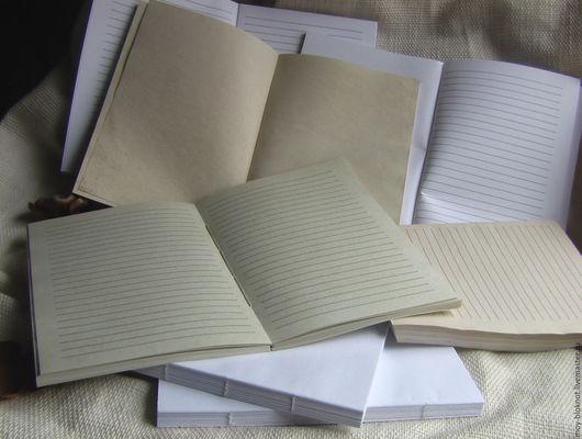 Мы состариваем бумагу для блокнотов.Тонируем ровно,состариваем с разводами.Делаем состаренную бумагу линованную.Белую,состаренную,цветную бумагу.Отвары крымских трав,чай,кофе.акварельные краски.