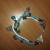 Украшения ручной работы. Ярмарка Мастеров - ручная работа Браслет на плетеных шнурах с бусинами и подвесками Голубые мечты. Handmade.