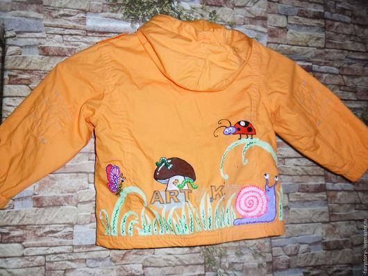 """Верхняя одежда ручной работы. Ярмарка Мастеров - ручная работа. Купить детская куртка""""Букашки-таракашки"""". Handmade. Оранжевый, роспись по ткани"""