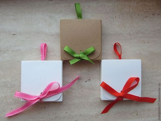 Упаковка ручной работы. Ярмарка Мастеров - ручная работа. Купить Коробка подарочная для браслета, белая и бежевая. Handmade. Белый