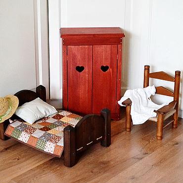 Куклы и игрушки ручной работы. Ярмарка Мастеров - ручная работа Мебель для кукол. Шкаф, стул, кроватка для куклы.. Handmade.