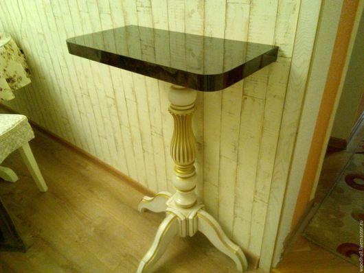 Деревянная консоль столик из дерева на массивной ноге под старину